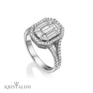 Emerald shape Diamond Ring DeNovelty Collection