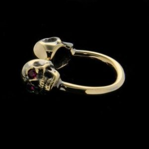 SKULLS AND RUBIES RING by MANUEL BOZZI