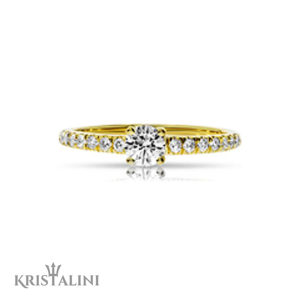 Classic Diamond Engagement Ring 4 prongs set with Diamonds on each side