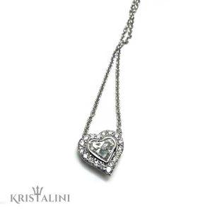 תליון יהלום בצורת לב משובץ ביהלומים עגולים מסביב